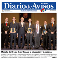 """Diario de Avisos – Sábado 27 de noviembre de 2010 – Portada - """"Medalla de Oro de Tenerife para la educación y la música"""""""